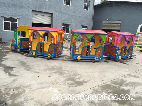 garden-track-train