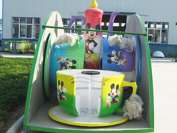 Folding Cup and Saucer Rides with trailer