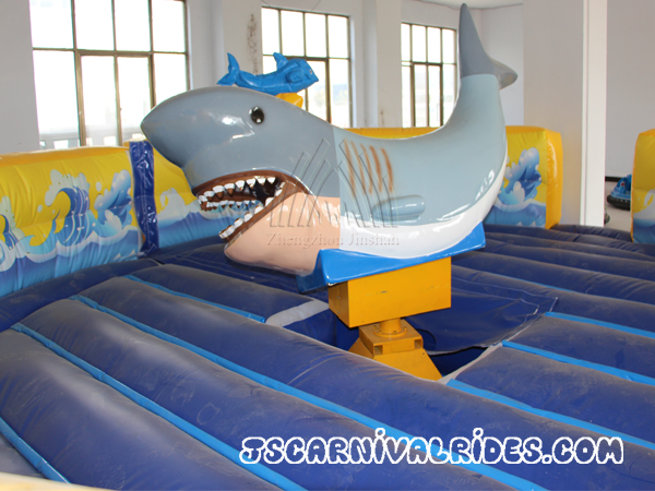 Rotating Mechanical Shark