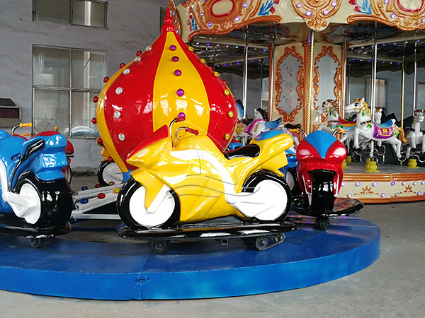 The Motorcycle Race Amusement Ride (1)
