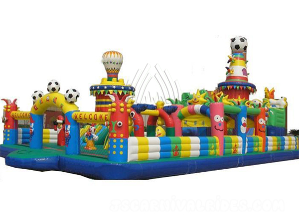 Football-Theme-Inflatable-Park