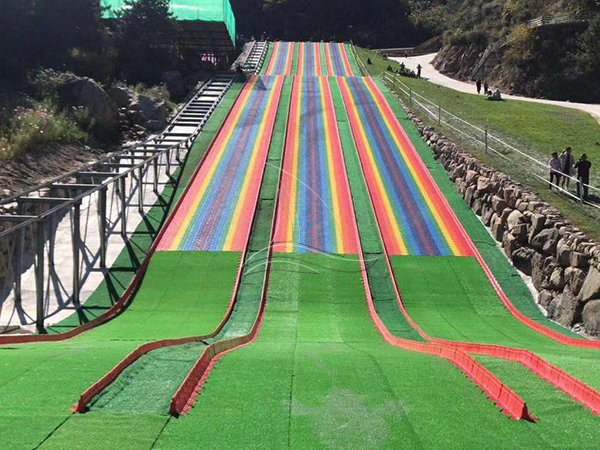 Wave Rainbow Dry Snow Slope Slide
