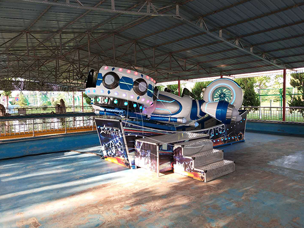 How to solve the noise caused by the outdoor kids amusement equipment?